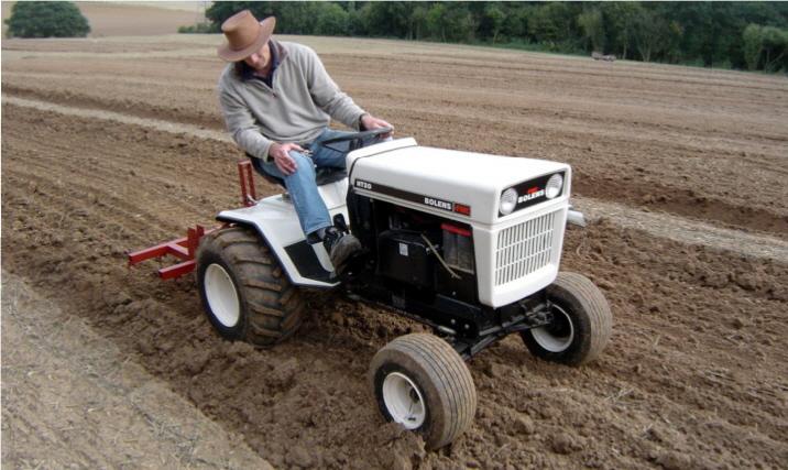 bolens-ht-ploughing