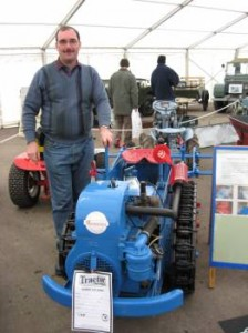 1st Prize winner in the ride-on section. Neil Robinson with his Ransomes MG5